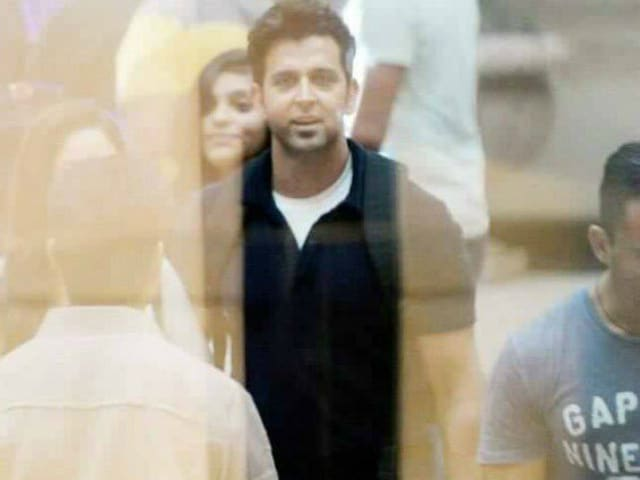 Kaabil First Poster: 'Embrace the Darkness' With Hrithik Roshan