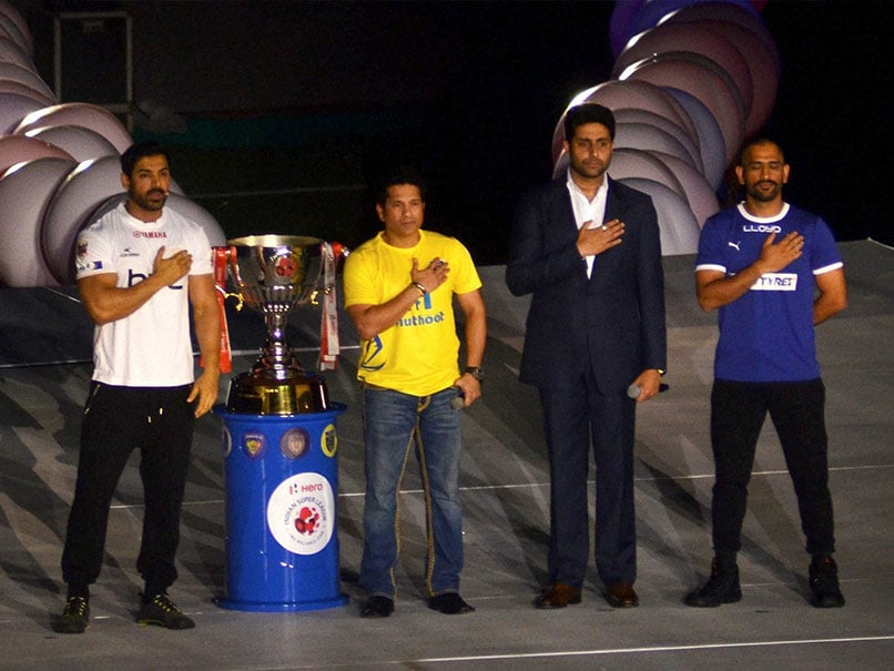 Indian Super League 2016 Off to Colourful, Star-Studded Start