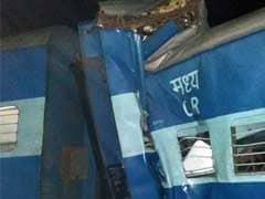 पंजाब में फिलौर स्टेशन के पास झेलम एक्सप्रेस की 10 बोगियां पटरी से उतरीं, 2 को मामूली चोटें