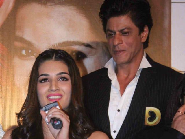 Kriti Sanon Can Listen to Shah Rukh Khan 'Talk For Hours'