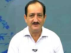 Buy OCL India, Mold-Tek Packaging, Lumax Auto: Mehraboon Irani