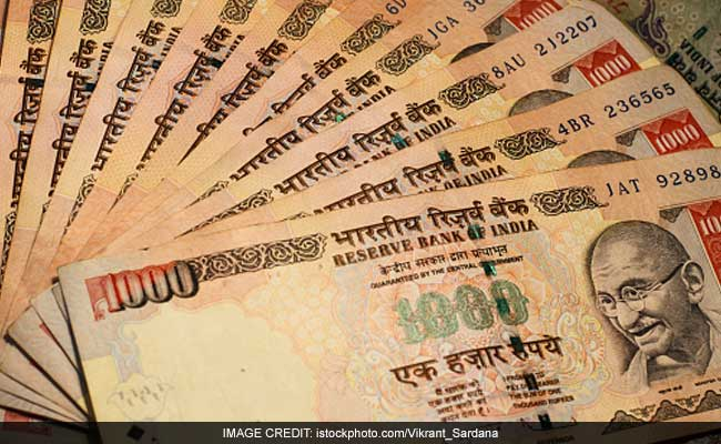 3.5 Crores In Torn 500 And 1,000 Rupee Notes Found Floating In Guwahati River