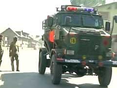 कश्मीर : पंपोर में बिल्डिंग पर आतंकी हमला, एक सैनिक घायल | झेलम नदी के जरिए भारत में घुसे थे : सूत्र