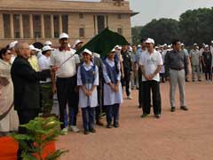 President Pranab Mukherjee Flags Off Swachh Bharat March