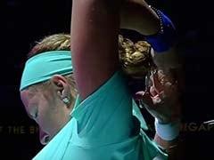 जब चलते मैच के बीच रूसी टेनिस खिलाड़ी स्वेतलाना कुज़नेत्सोवा ने काट डाले अपने बाल