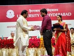 वेमुला के साथी शोध छात्र ने हैदराबाद विश्वविद्यालय के VC अप्पाराव के हाथ से डिग्री लेने से मना किया