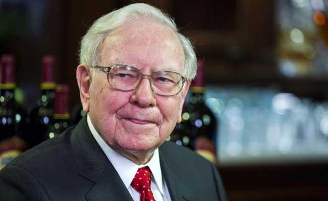 Warren Buffett Bought 120 Million Apple Shares In 2017: Report