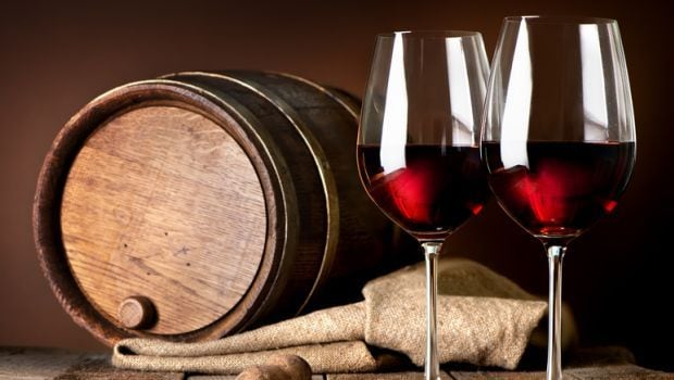 Red Wine is good For Skin: 5 Ways To Use It For Facial and Skincare