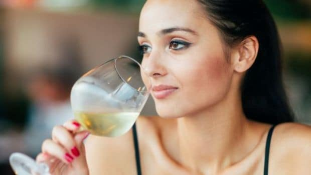 Women Face Same Drink-Related Health Issues Like Men -8392