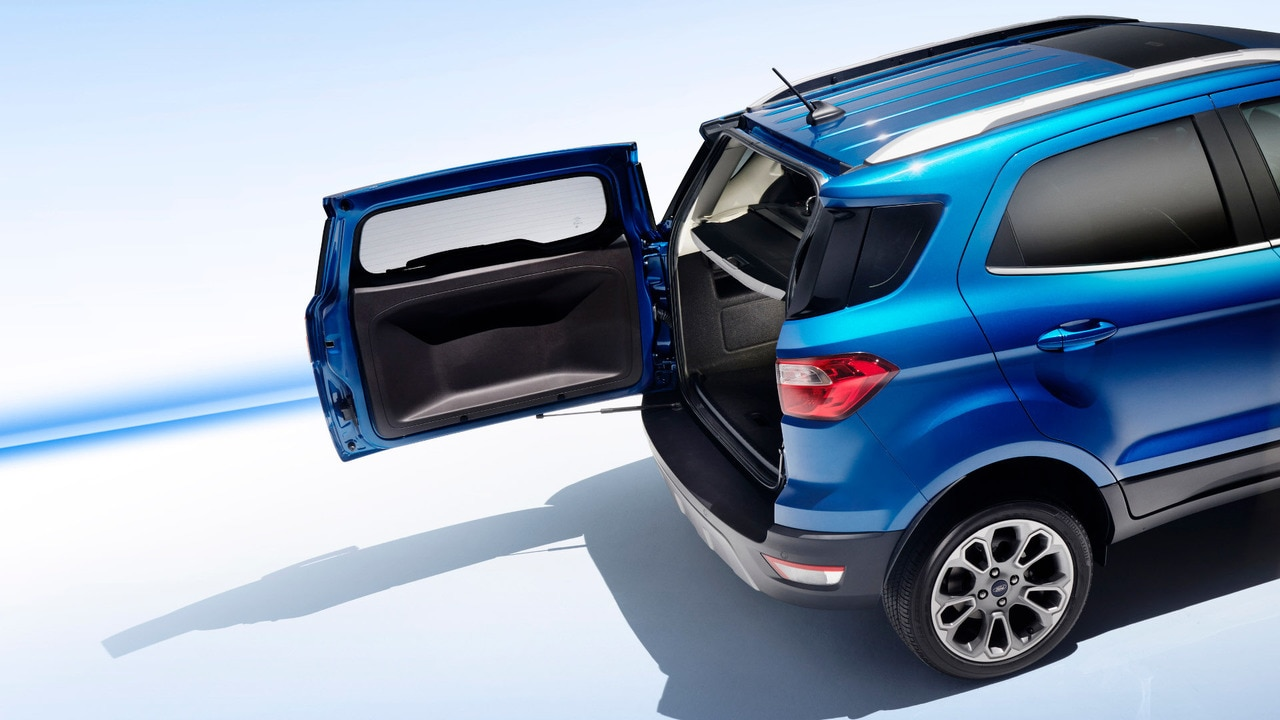 2017 ford ecosport facelift unveiled at la auto show. Black Bedroom Furniture Sets. Home Design Ideas