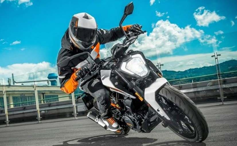 2017 KTM 250 Duke Officially Revealed