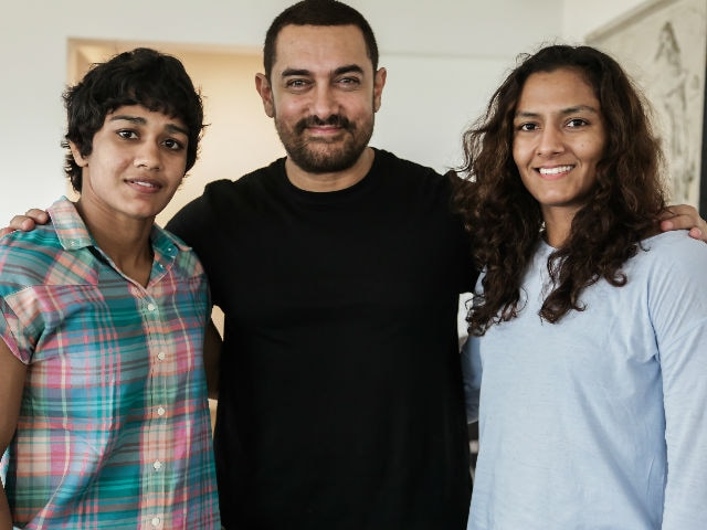 Aamir Khan to Gift Geeta Phogat Her Bridal Outfit, Will Attend Wedding