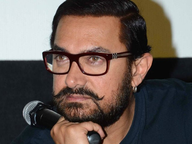 Dangal Over Coldplay, Aamir Khan Won't Attend Concert in Mumbai