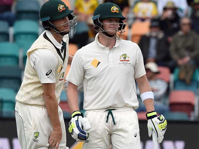 Australias Adam Voges Hit by Bouncer, Suffers Concussion