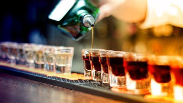 Binge Drinking During Teen Years Could Lead to Early Death