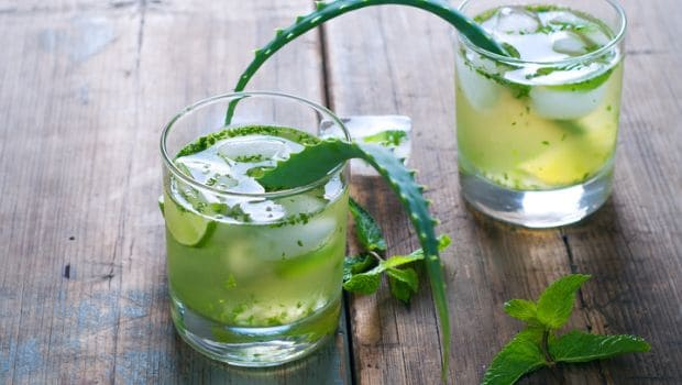 7 Amazing Reasons to Drink Aloe Vera Juice Everyday