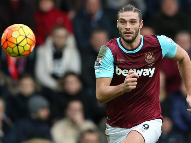 West Ham United Striker Andy Carroll 'Threatened by Armed Robbers'