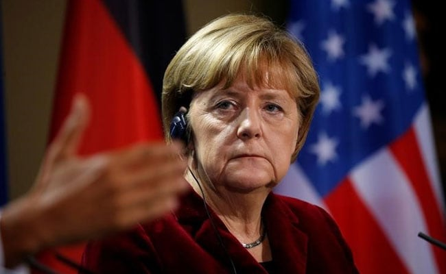 Charlie Hebdo Mocks Angela Merkel In First German Edition