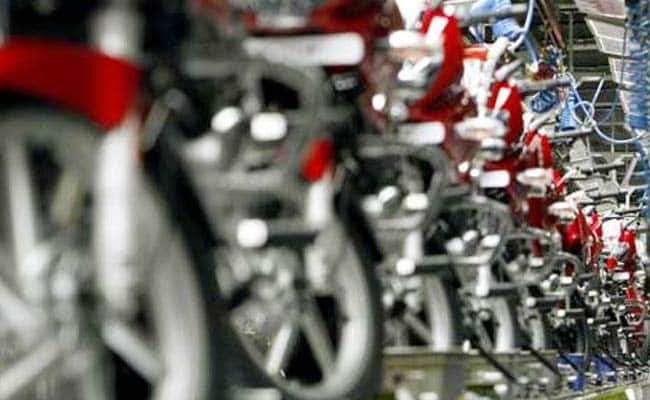 Bajaj Auto Aurangabad Plant Workers To Get 50% Pay Cut