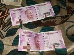 जम्मू-कश्मीर में मारे गए दो आतंकियों के पास से बरामद हुए 2000 के नए नोट