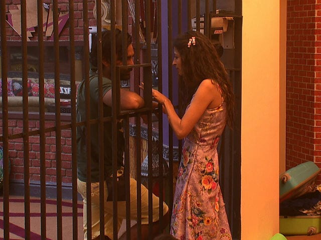 Bigg Boss 10, November 28 : Priyanka Jagga Cracks Manu Punjabi, Monalisa and Manveer Gurjar's Bond