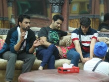 Umm. <I>Bigg Boss 10</i> Contestants Don't Know Much of Their Cash is Useless