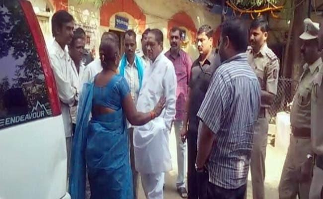 महाराष्ट्र के बुलढाणा के स्कूल में 10 साल की छात्रा से रेप, 11 गिरफ़्तार