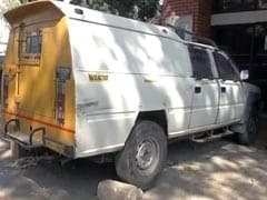Armed Men Attempt To Rob Cash Van In Delhi, Injure Security Guard