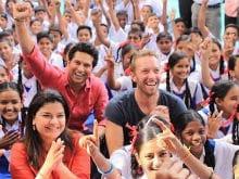 Chris Martin's Playing Cricket With Sachin Tendulkar, Clicking Selfies Before Global Citizen Festival