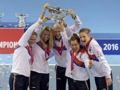 Fed Cup: Czech Republic Edge France to Retain Title