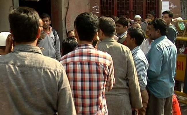 Exclusive : असंगठित क्षेत्र के मजदूरों को 3 हजार रुपये महीने पेंशन देगी मोदी सरकार, आज हो जाएगा ऐलान
