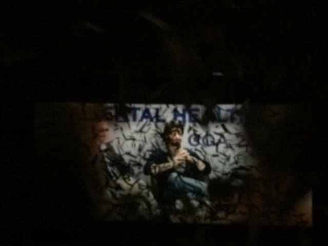 Dear Zindagi: Shah Rukh Khan Thanks Fans For 'Rich Welcome' Amid Cash Crunch