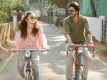 <I>Dear Zindagi</i> Take 4: Shah Rukh Khan Simplifies Complex Emotions For Alia Bhatt