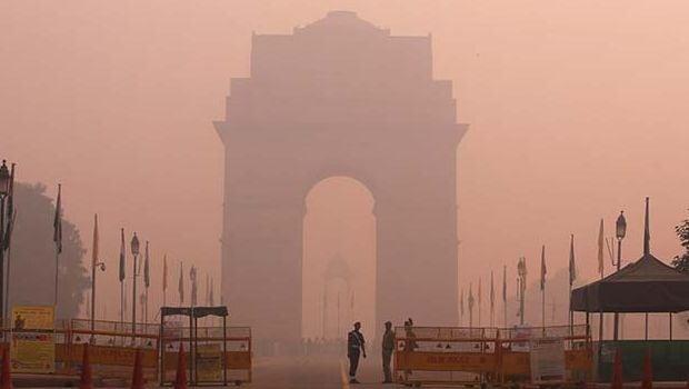 Delhi Government Orders Three-Day School Shutdown Over Smog
