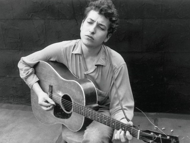 Do Not Expect Bob Dylan to Stop For Interviews at the Nobel Ceremony