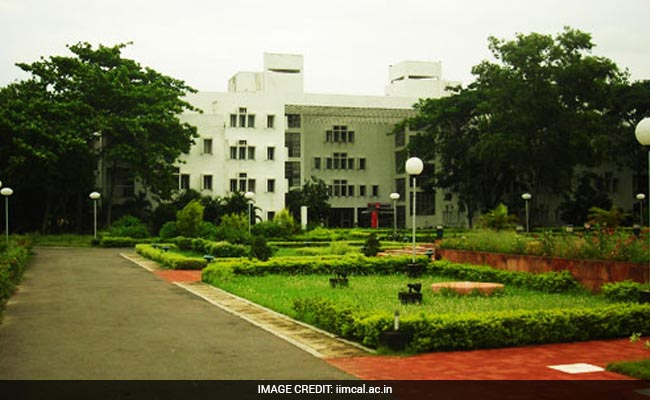 Bill Providing Degree Granting Powers To IIMs Gets Cabinet Nod