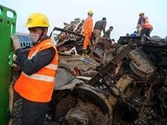 कानपुर ट्रेन हादसा : पांच रेल अधिकारी निलंबित, झांसी के डीआरएम का तबादला