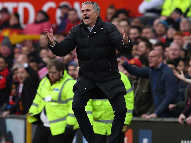 Fuming Jose Mourinho Shows Strain as Manchester United's Problems Mount