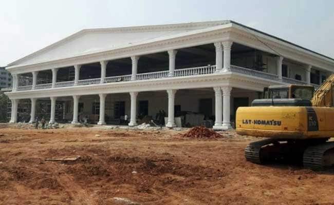 केसीआर का नया 'सपनों का घर' तैयार : नौ एकड़ में फैले प्रगति भवन से जुड़ी 10 खास बातें...