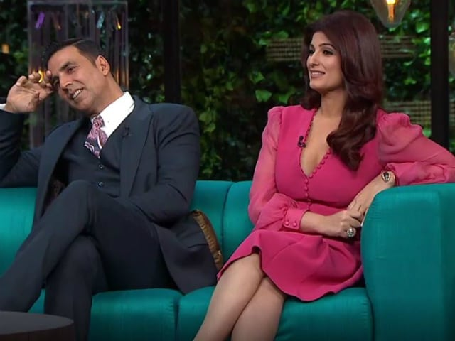 How Twinkle Khanna Was Warned About 'Gay' Akshay Kumar by Mom Dimple