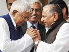 UP Elections: Mulayam Singh, Lalu Yadav In Delhi, Alliance Talks Likely