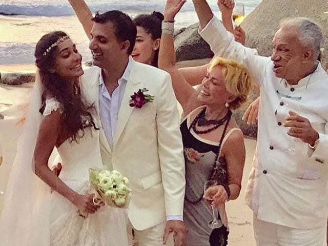Lisa Haydon Tweets a Clarification: My Father-in-Law Isn't Pakistani