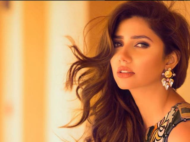 Yes, Pakistani Actor Mahira Khan Will Remain in Raees