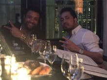Mika Singh Dines With Shaggy, Tweets Pics