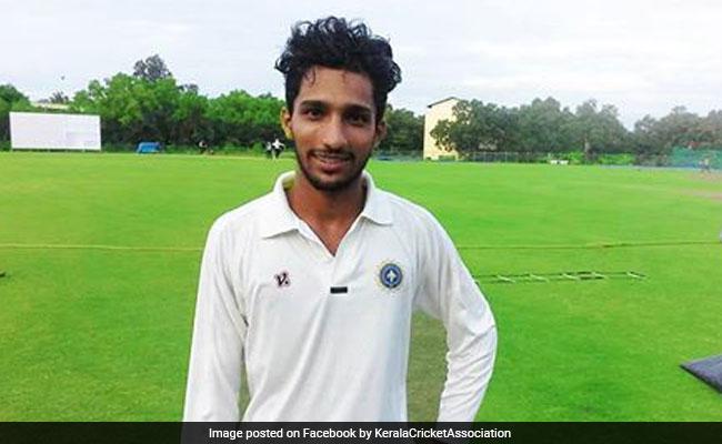 Syed Mushtaq Ali 2021: अजहरुद्दीन ने 37 गेंद पर ठोका धुआंधार शतक, टी-20 में पहली बार बनाया यह रिकॉर्ड