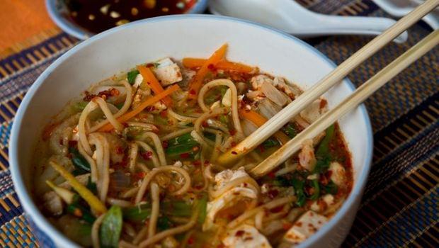 mohinga noodles