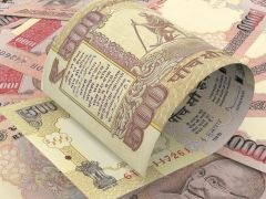 Rs 1.11 Crore-Worth Defunct Notes Seized From Property Broker In Pune