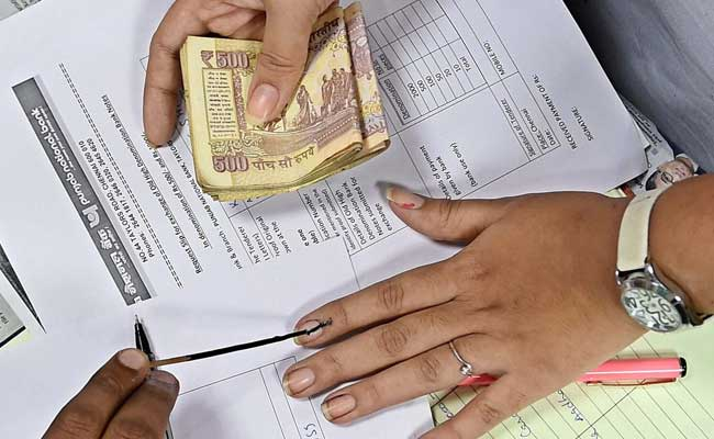 Not All Queueing Up At Reserve Bank Eligible To Deposit Notes: Government