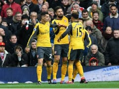 Premier League: Olivier Giroud Sucker-Punch Earns Arsenal Draw at Manchester United