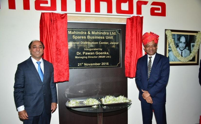 Pawan Goenka and Hemant Sikka Inaugurating The New Warehouse